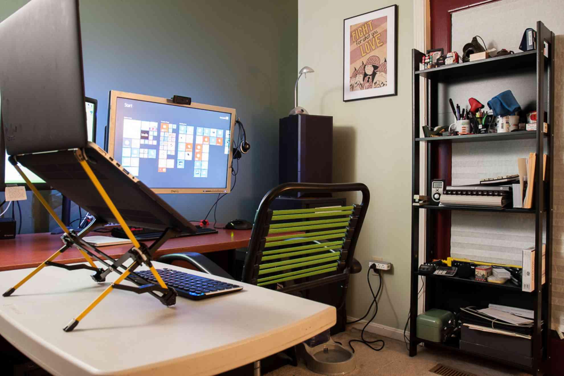 Desk-sideShelf